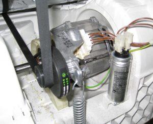 Siemens WT 44 E - Elektromotor des Kondenstrockners