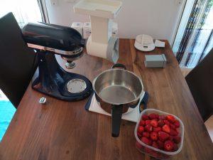 Erdbeer Marmelade - Erdbeeren vorbereiten und schneiden